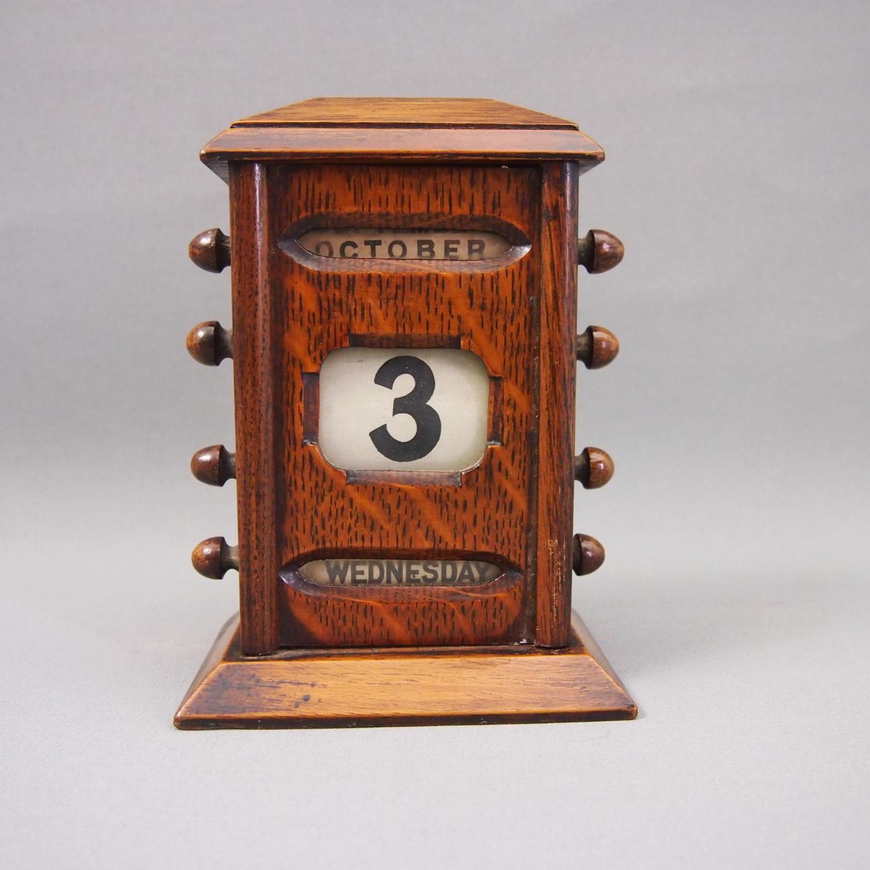 Oak Antique Perpetual Desk Callender