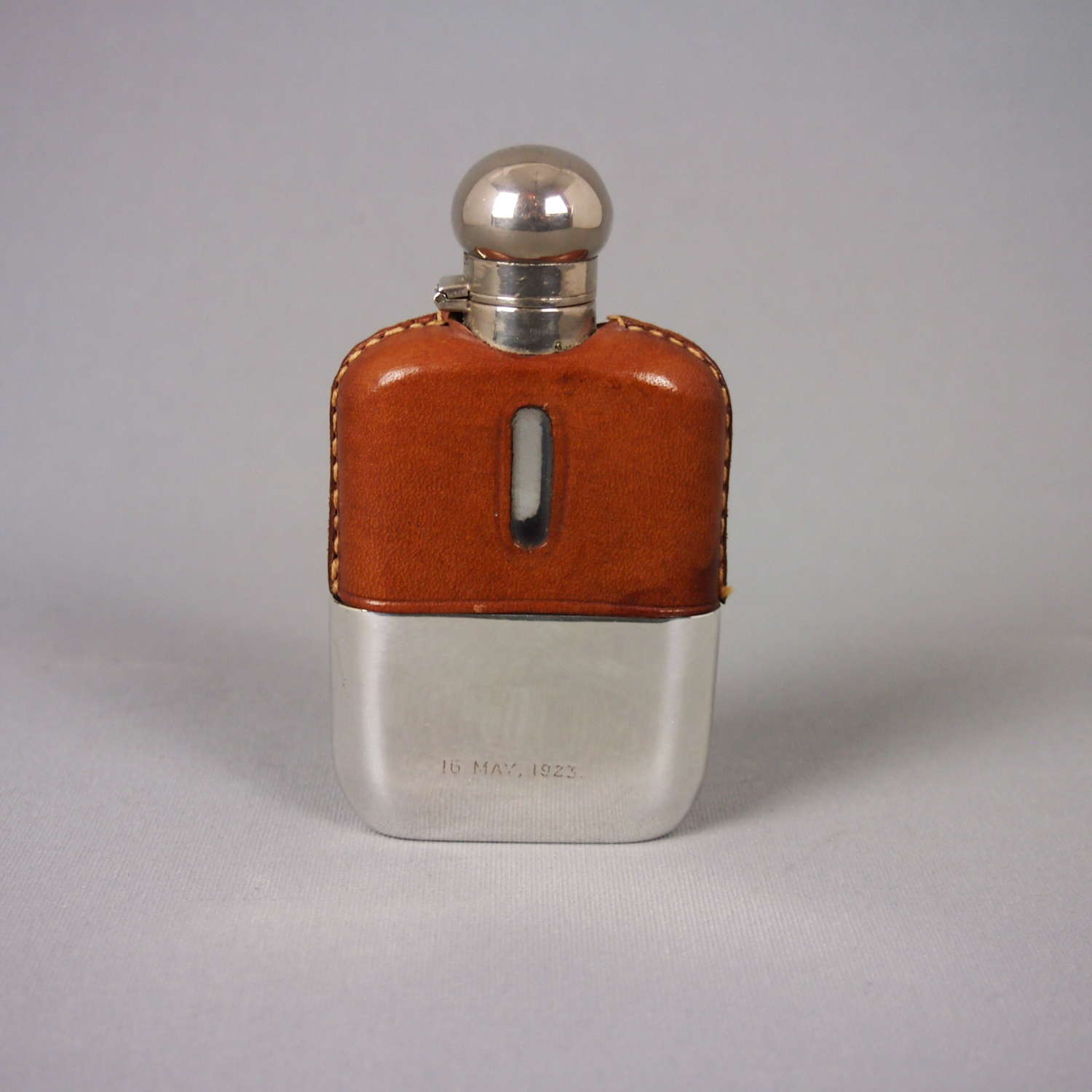 Small Silver Plate & Leather Vintage Flask . W8479