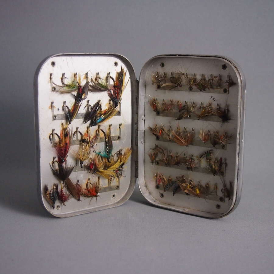 Vintage Wheatley Metal Salmon & Trout Fishing Fly Box W8543