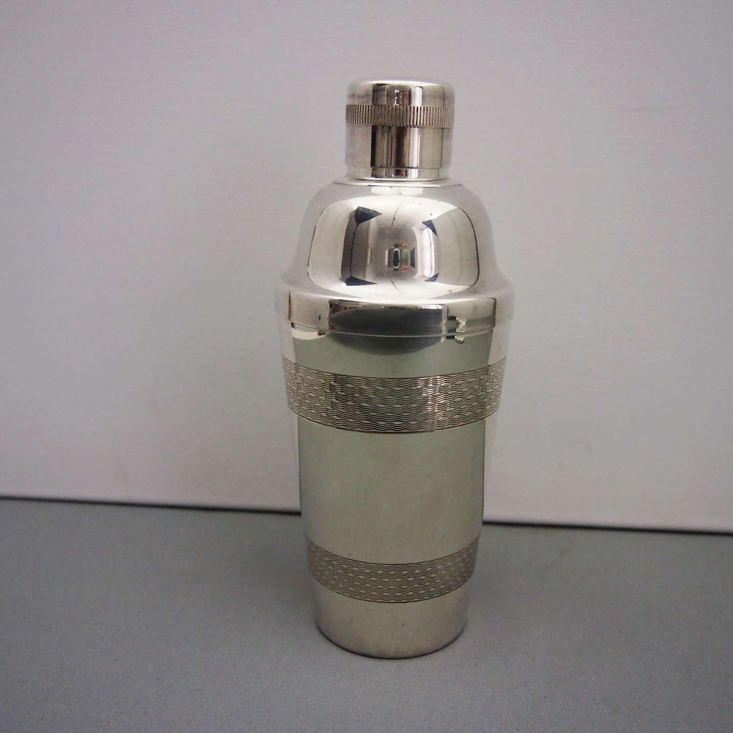 Silver Plated Engine Turned Vintage Cocktail Shaker W8563