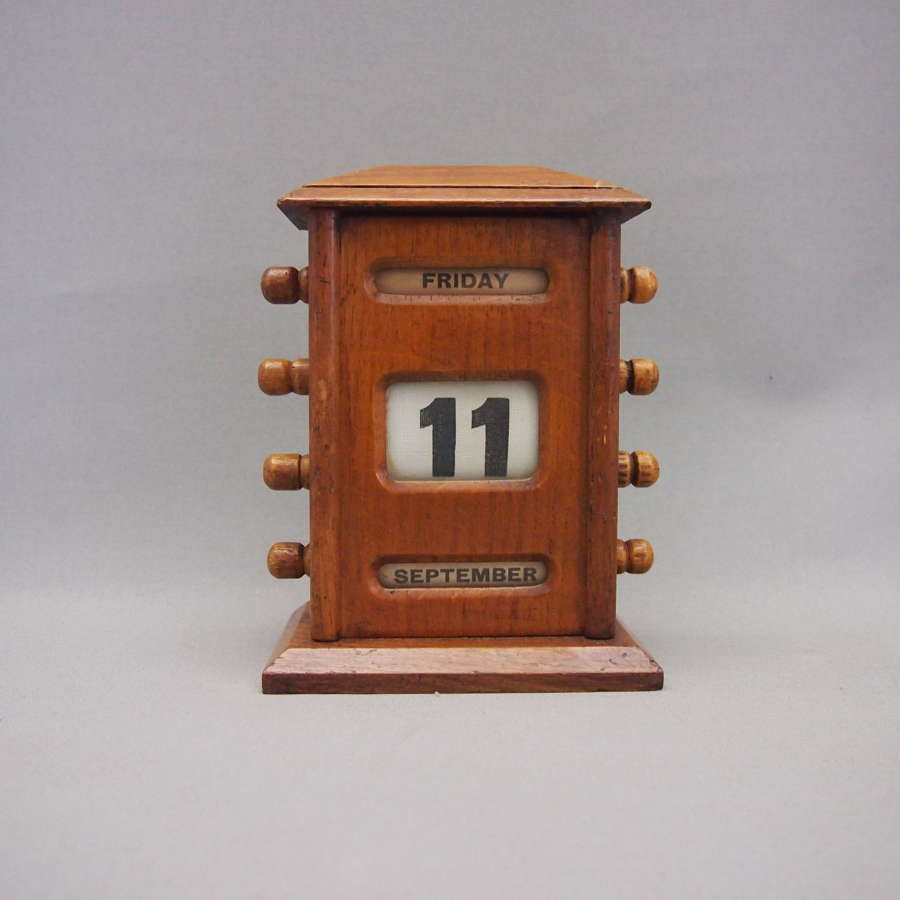 Oak Perpetual Desk Calendar W8594