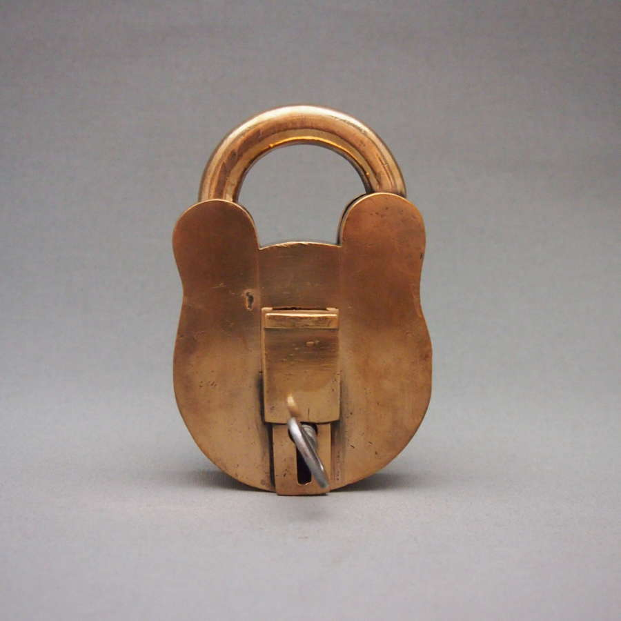 Large heavy Quality Copper Vintage Lock W8597