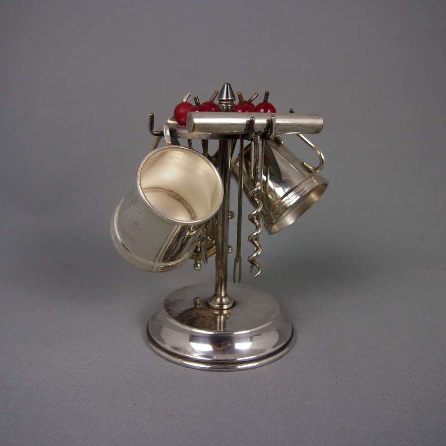 Vintage bar accessories stand silver plated. W8502