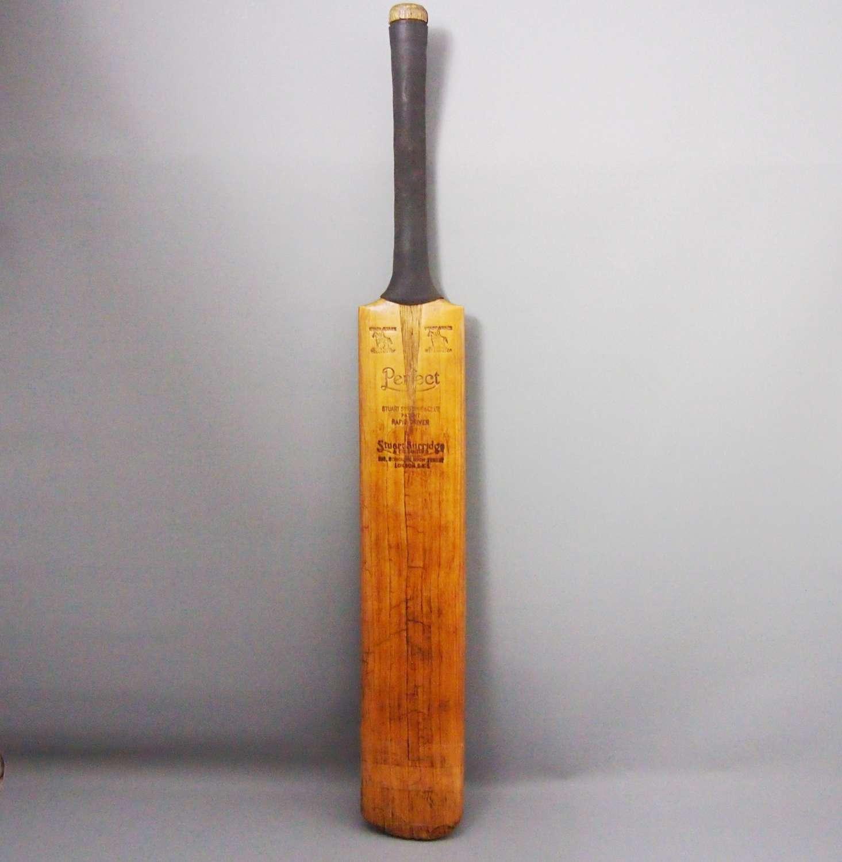 Vintage Stuart Surridge Cricket Bat W8678.